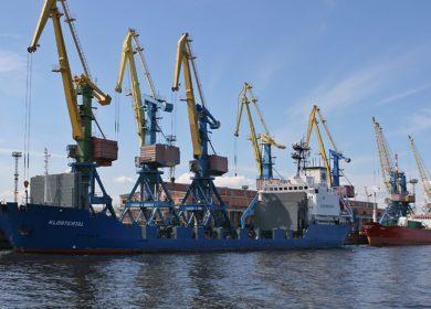 Мариупольский морской торговый порт экспортировал 12 тыс. тонн подсолнечного масла в сентябре