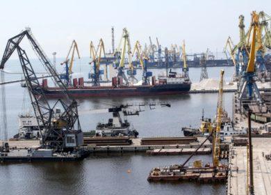 Отгрузки шрота из Мариупольского морпорта превысили показатели за весь прошлый год