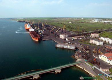 Морской порт «Южный» сократил перевалку масла в этом году более чем на 10%