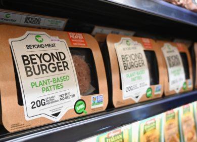 Производитель растительного заменителя мяса Beyond Meat в 2021 г.: чего ожидать инвесторам?