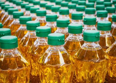 Кабмин Украины запретил ввоз из России подсолнечного масла