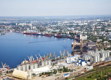 Украинские морпорты уменьшили перевалку растительного масла в первом полугодии 2021 г.